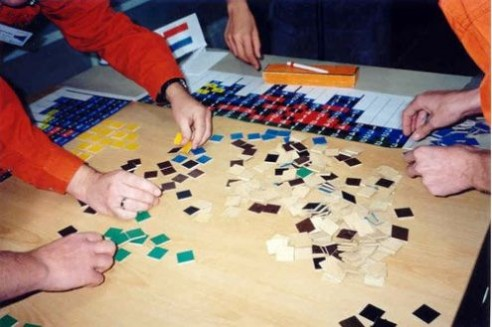 Solving Conceptis' Pic-a-Pix puzzle during WPC 2002 team competition (2)