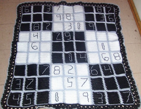 Sudoku knit by Lesalicious